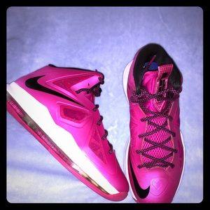 Nike Lebron